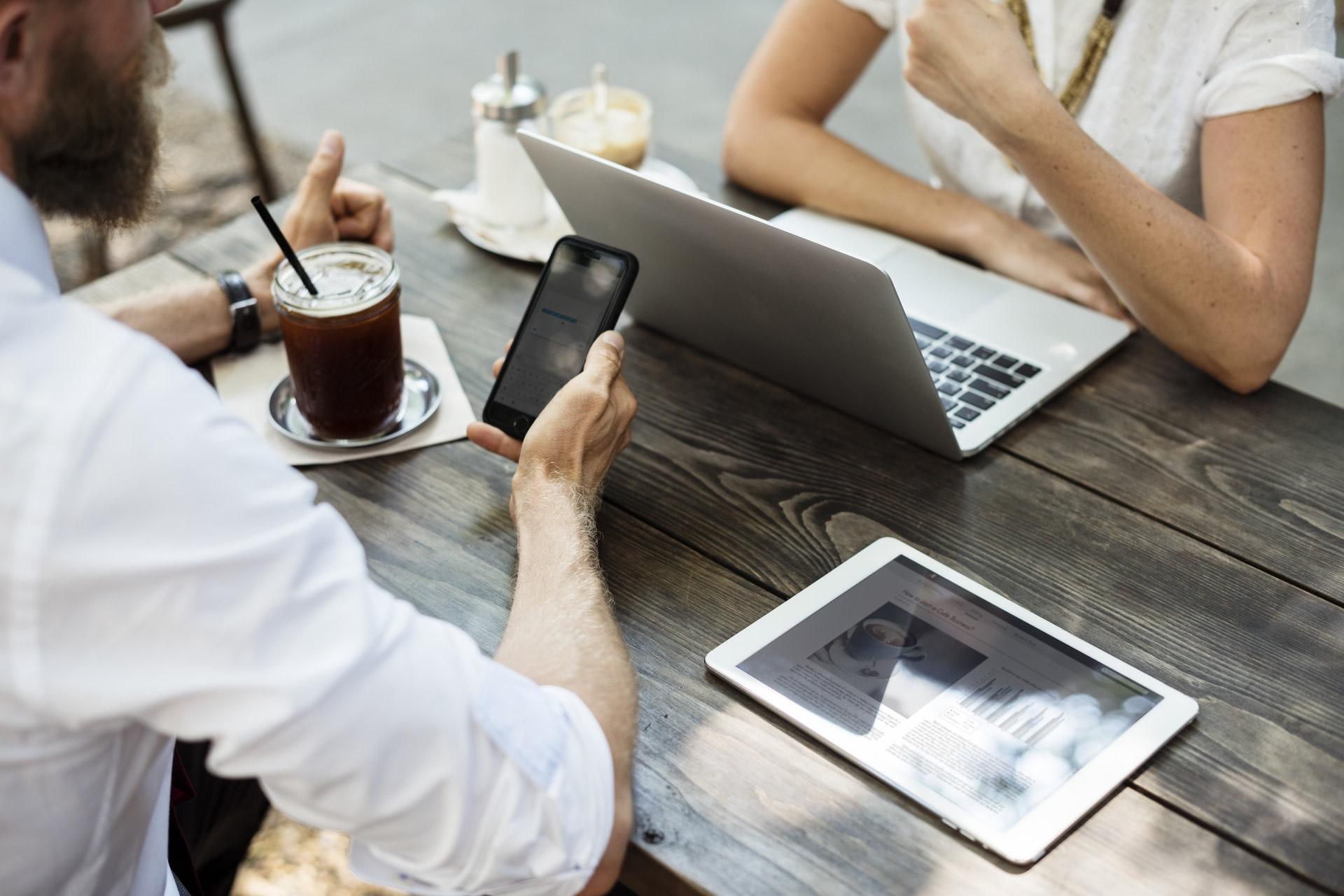 Make money online: 5 Easy ways to get started as a Beginner?
